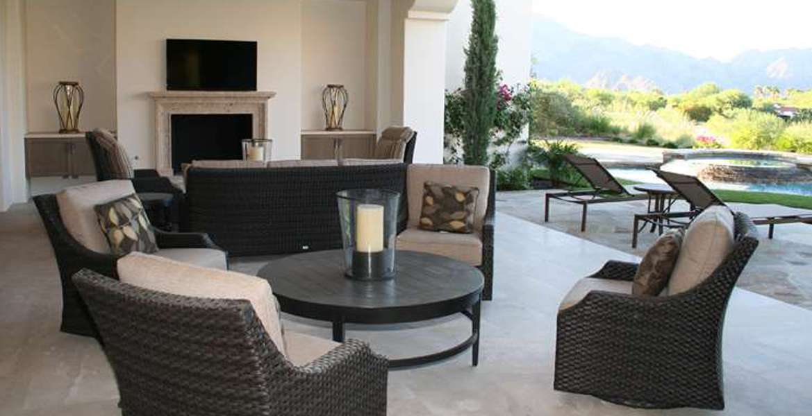 Tradition outdoor dining furniture